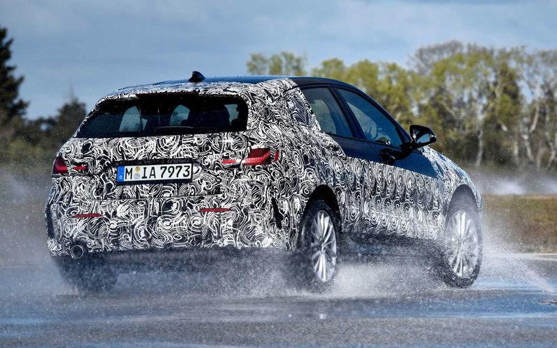 Появились новые подробности о самом недорогом BMW 2