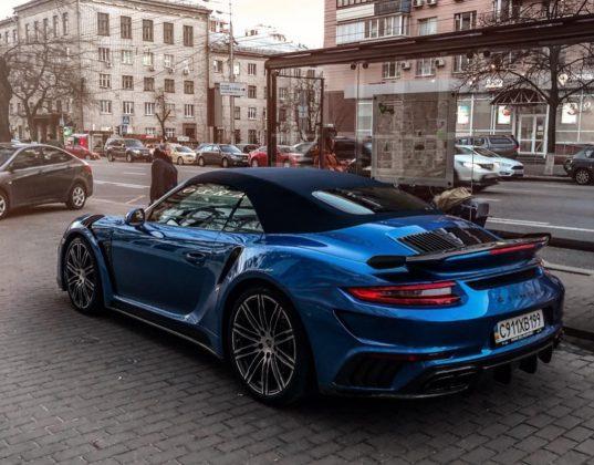 Экстремальный суперкар Porsche получил украинские номера 1