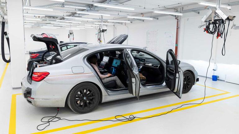 Компания BMW выступила за беспилотные автомобили 1