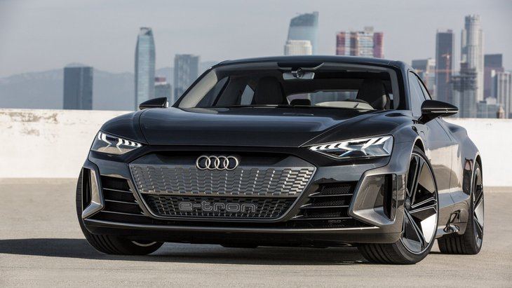 Audi расширит семейство E-Tron моделью на базе A4 1