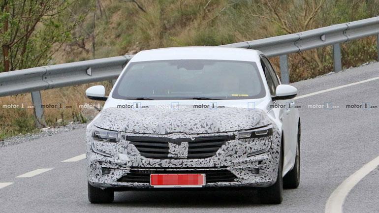 Renault готовит обновленный Renault Talisman 1