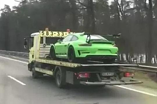 В Украине заметили новейшую модель Porsche 1
