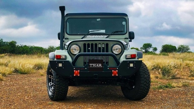Mahindra начала продажи индийской копии внедорожника Jeep CJ7 1