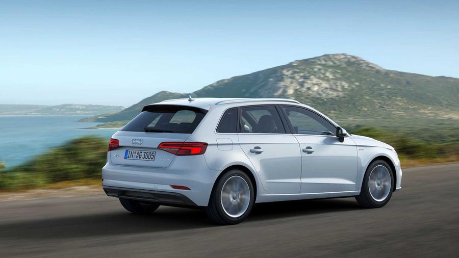 Audi обновила двухтопливный A3 Sportback g-tron 2