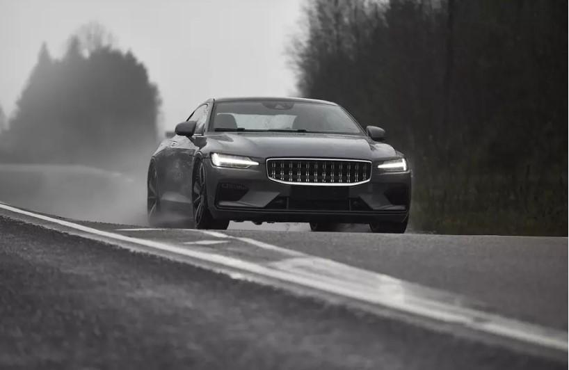 Polestar не станет, как Volvo, снижать «максималку» своих автомобилей 1