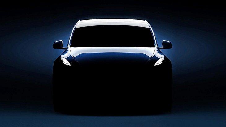 Tesla показала еще один тизер новейщего компактного кроссовера Model Y 1