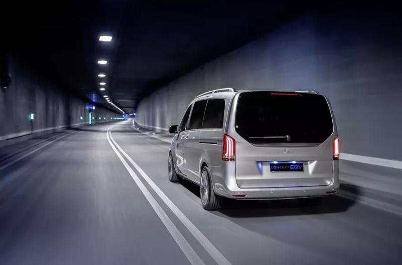 Электроминивэн Mercedes-Benz EQV проедет без подзарядки 400 километров 2