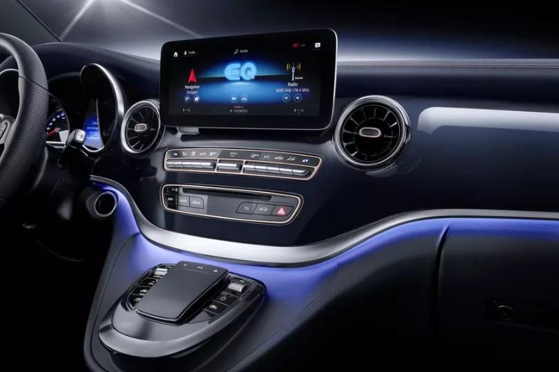 Электроминивэн Mercedes-Benz EQV проедет без подзарядки 400 километров 3