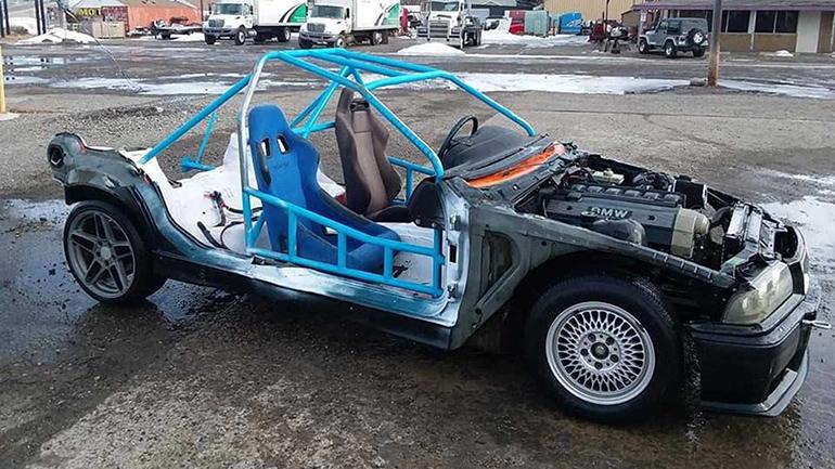На основе BMW 3-Series сделали машину для Безумного Макса 1