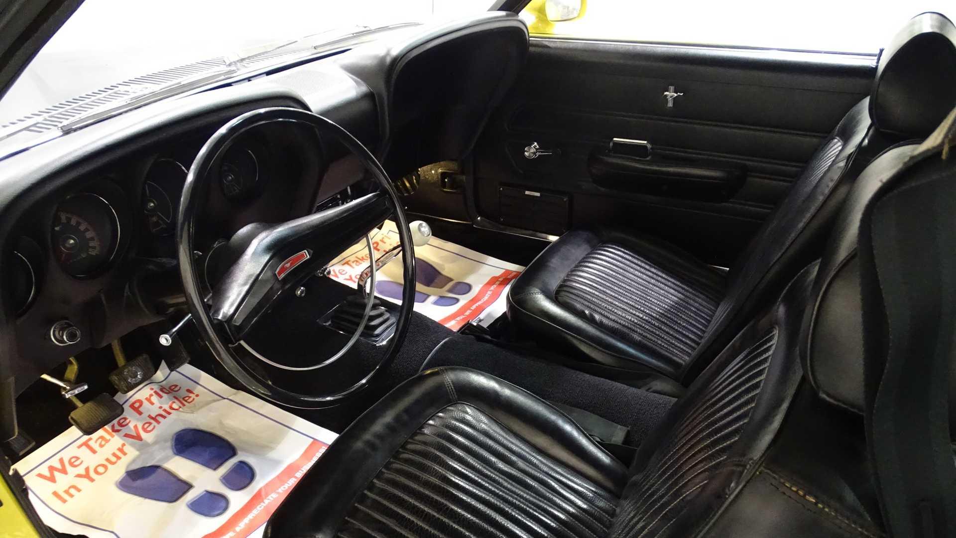 Уникальный Ford Mustang пустят «с молотка» 3
