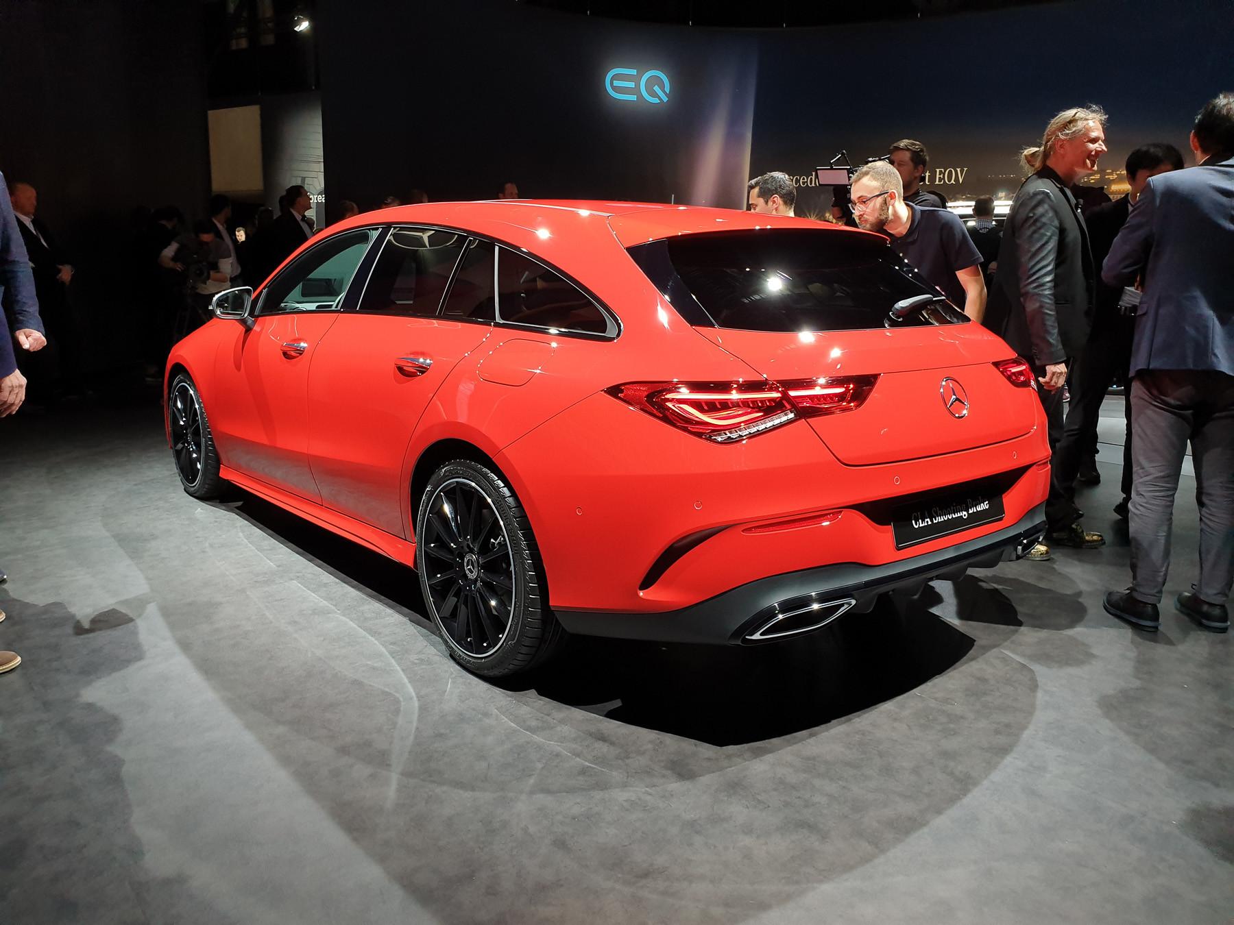 Mercedes-Benz неожиданно показал маленький, но красивый «сарай» 3