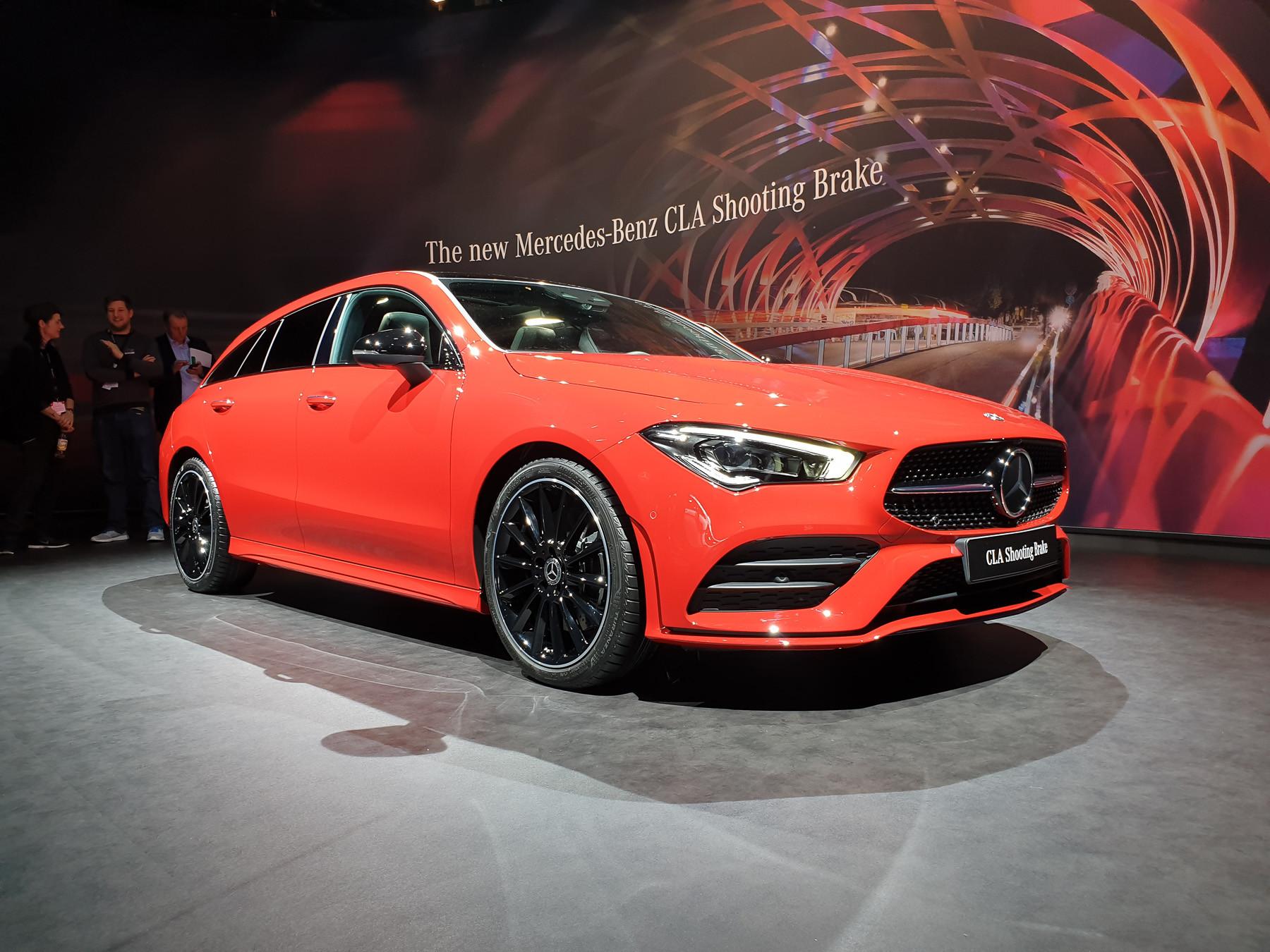 Mercedes-Benz неожиданно показал маленький, но красивый «сарай» 1