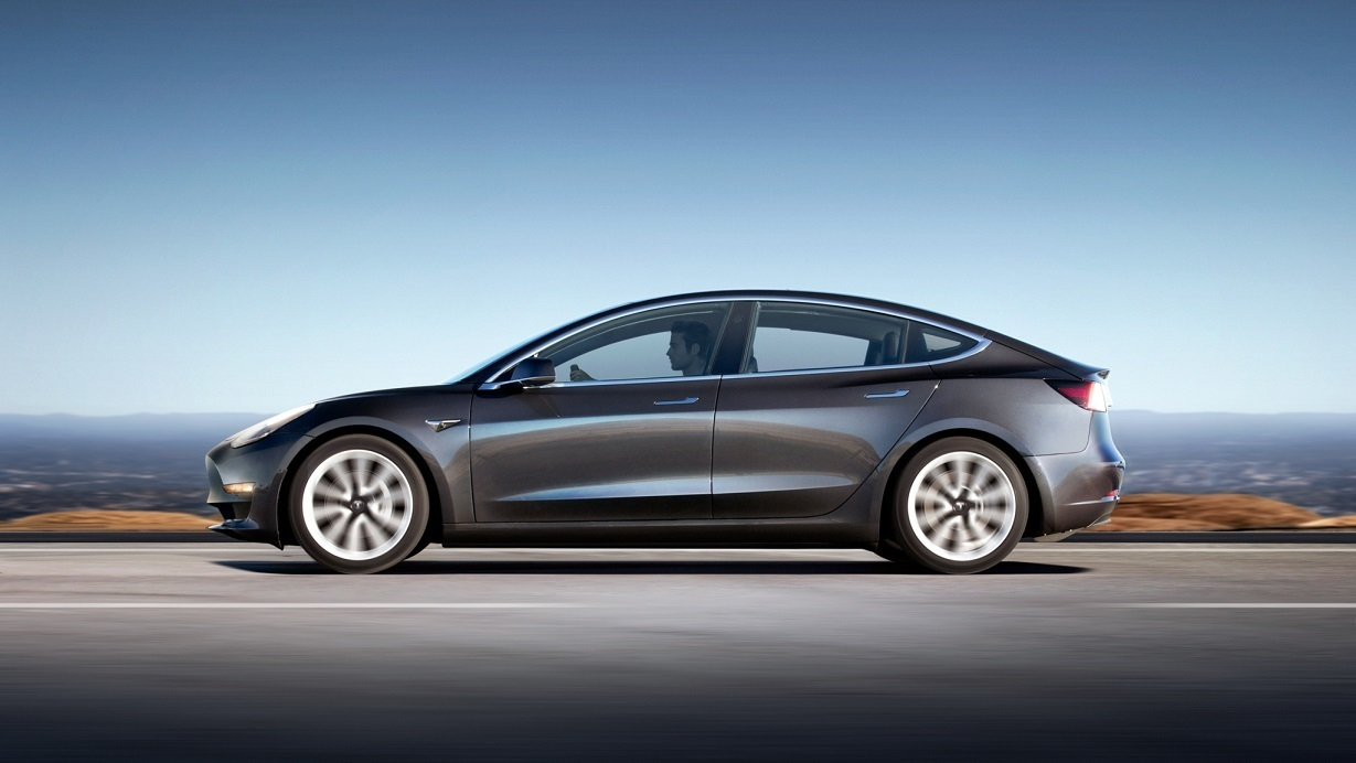 Автопилот Tesla признан виновным в четвертом смертельном ДТП 1