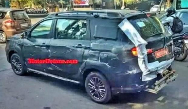 Suzuki Ertiga Cross попала в объектив камер фотошпионов 2