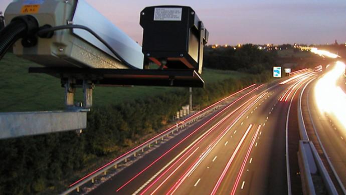 Слежка за поведением водителей на дорогах откладывается 1