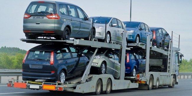 В Украине падает спрос на авто из-за границы 1