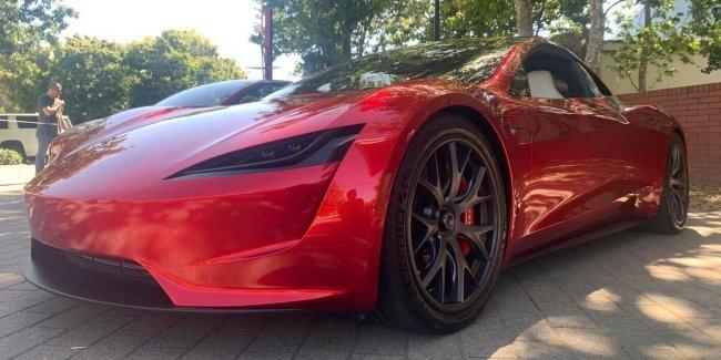 Базовый Tesla Roadster будет разгоняться до 96 км/ч за 2,1 сек 1