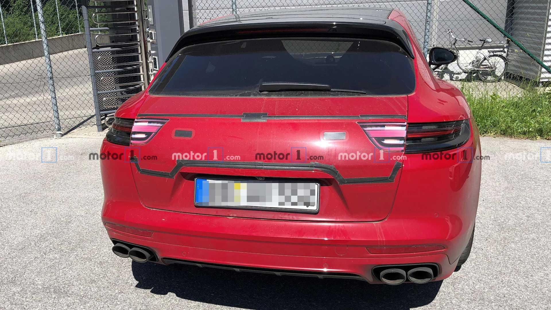 Porsche готовит обновление Panamera Sport Turismo 1