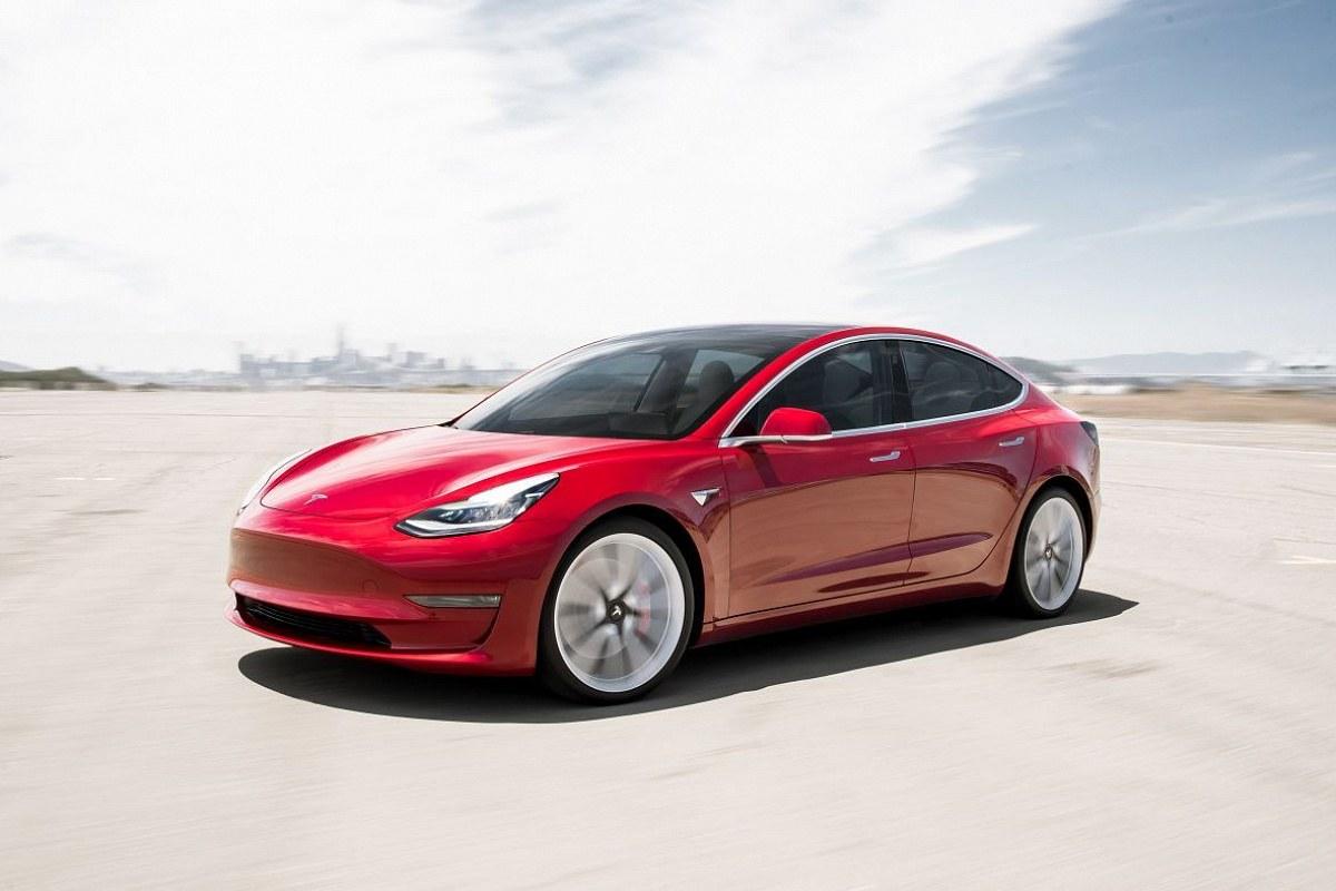 Tesla установила новый рекорд поставок автомобилей клиентам 1
