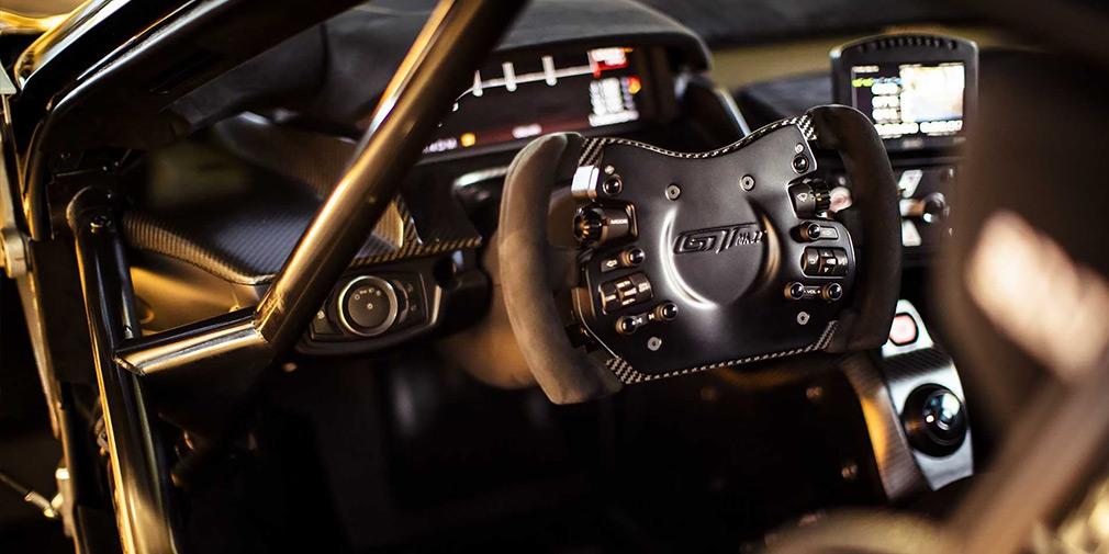 Ford представил «выходящий за рамки» суперкар 3
