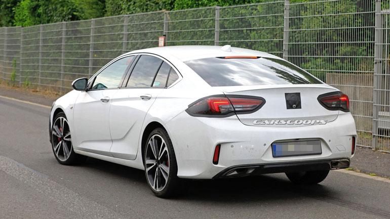 Новый Opel Insignia получит решётку радиатора в стиле Corsa 2