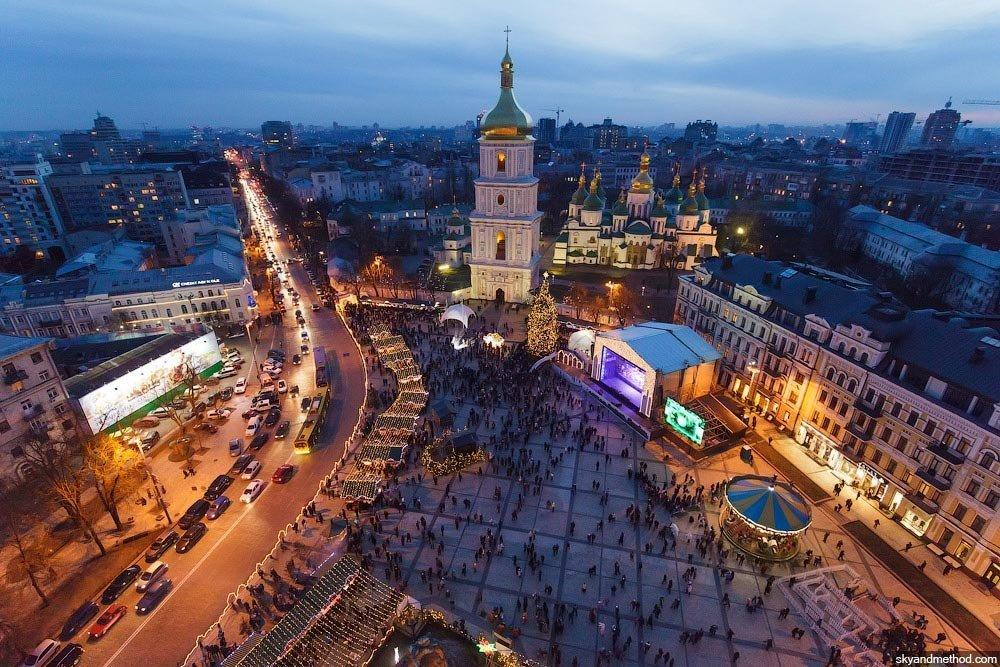 В Киеве появился светофор-«убийца» 1