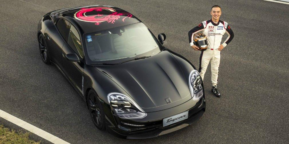 Porsche показала близкий к серии прототип первого электрокара 1