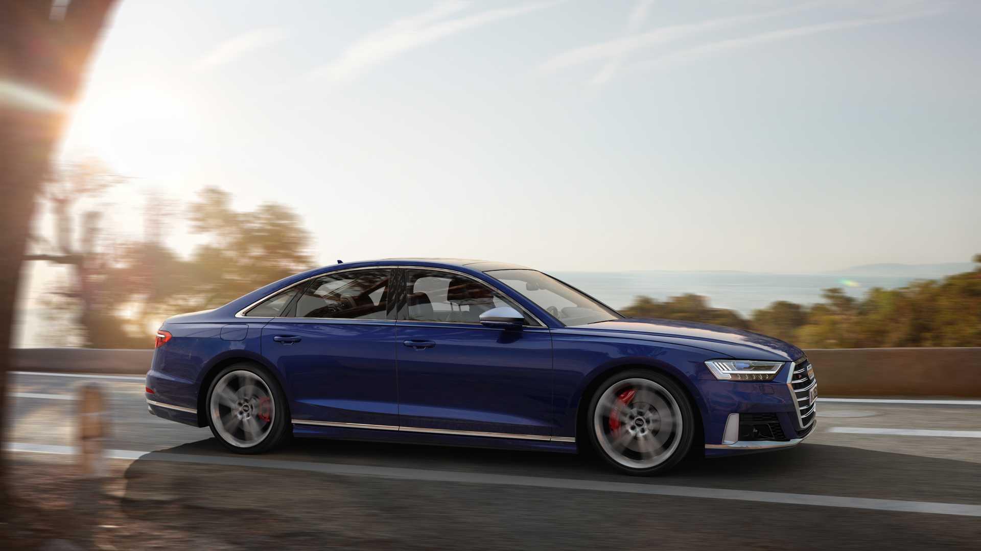 Audi сделала 570-сильный седан S8 1