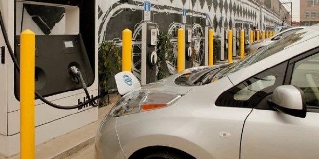 В Украине с 1 июля на парковках станут обязательными зарядки для электромобилей 1
