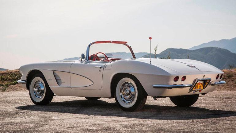 Corvette C1 1953 года выпуска продадут на аукционе 1