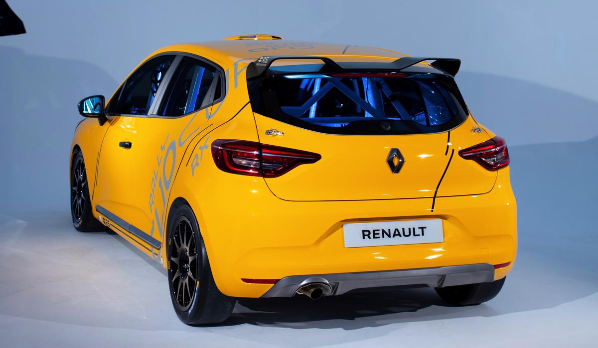 Гоночный Renault Clio предстал в трех версиях 2