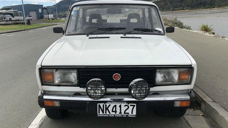 В Новой Зеландии праворульную «семерку» продают за пять тысяч долларов 1