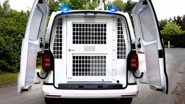 Британских заключённых прокатят на Volkswagen Transporter 1