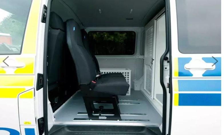 Британских заключённых прокатят на Volkswagen Transporter 2