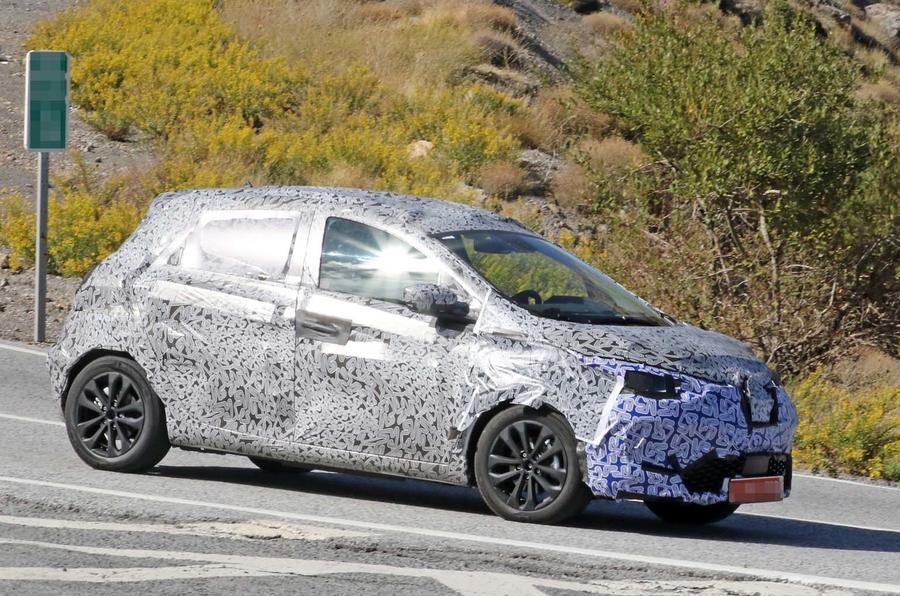 Renault Zoe нового поколения: первое «живое» фото 1