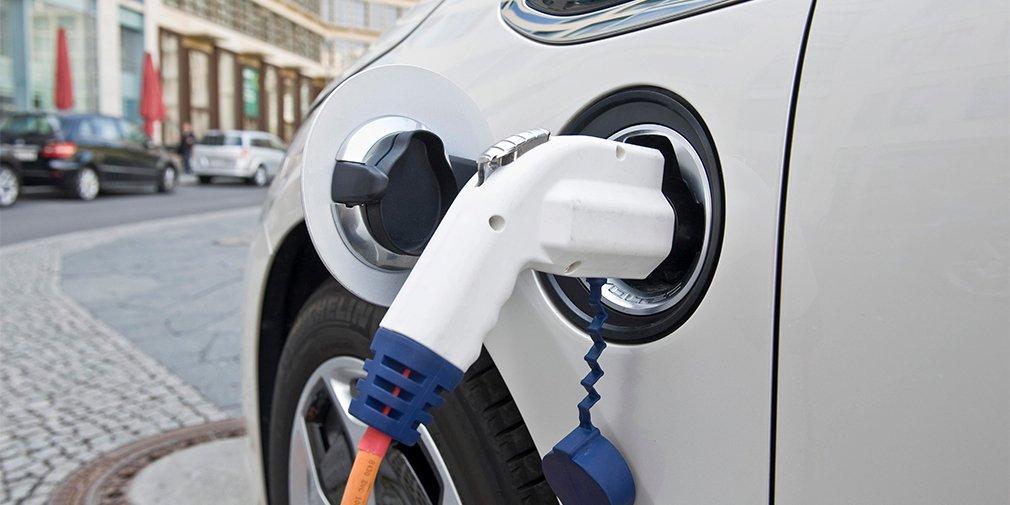 Правительство Великобритании пересядет на электромобили 1
