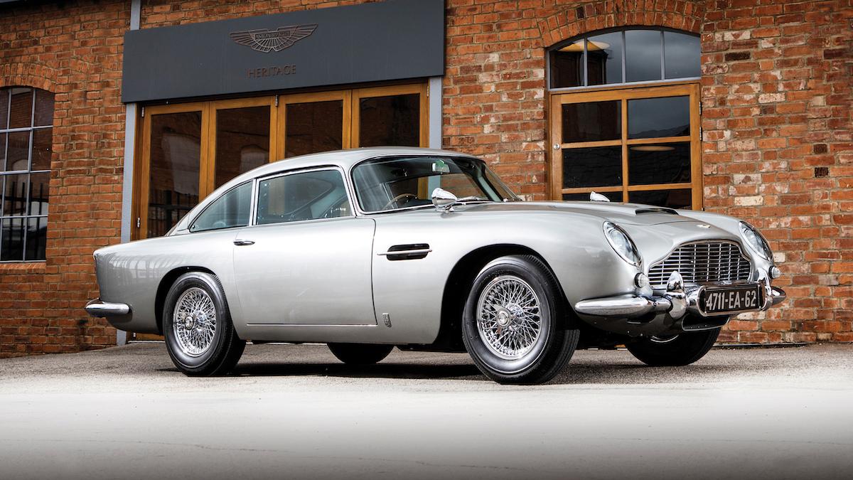 Aston Martin DB5 Джеймса Бонда выставят на продажу 1
