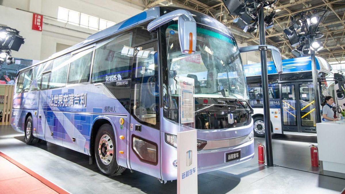 Показаны первые автобусы на водороде от Geely 1