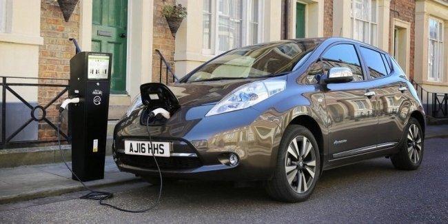 В Великобритании количество электрозаправок превысило число обычных АЗС 1