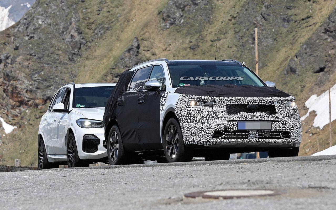 Kia Sorento нового поколения копируют с BMW X5 1