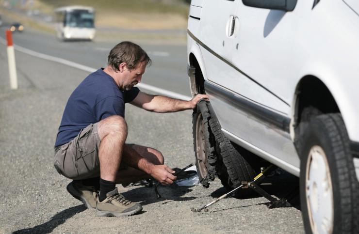 Почему летом водителю жизненно важно контролировать давление в шинах 1