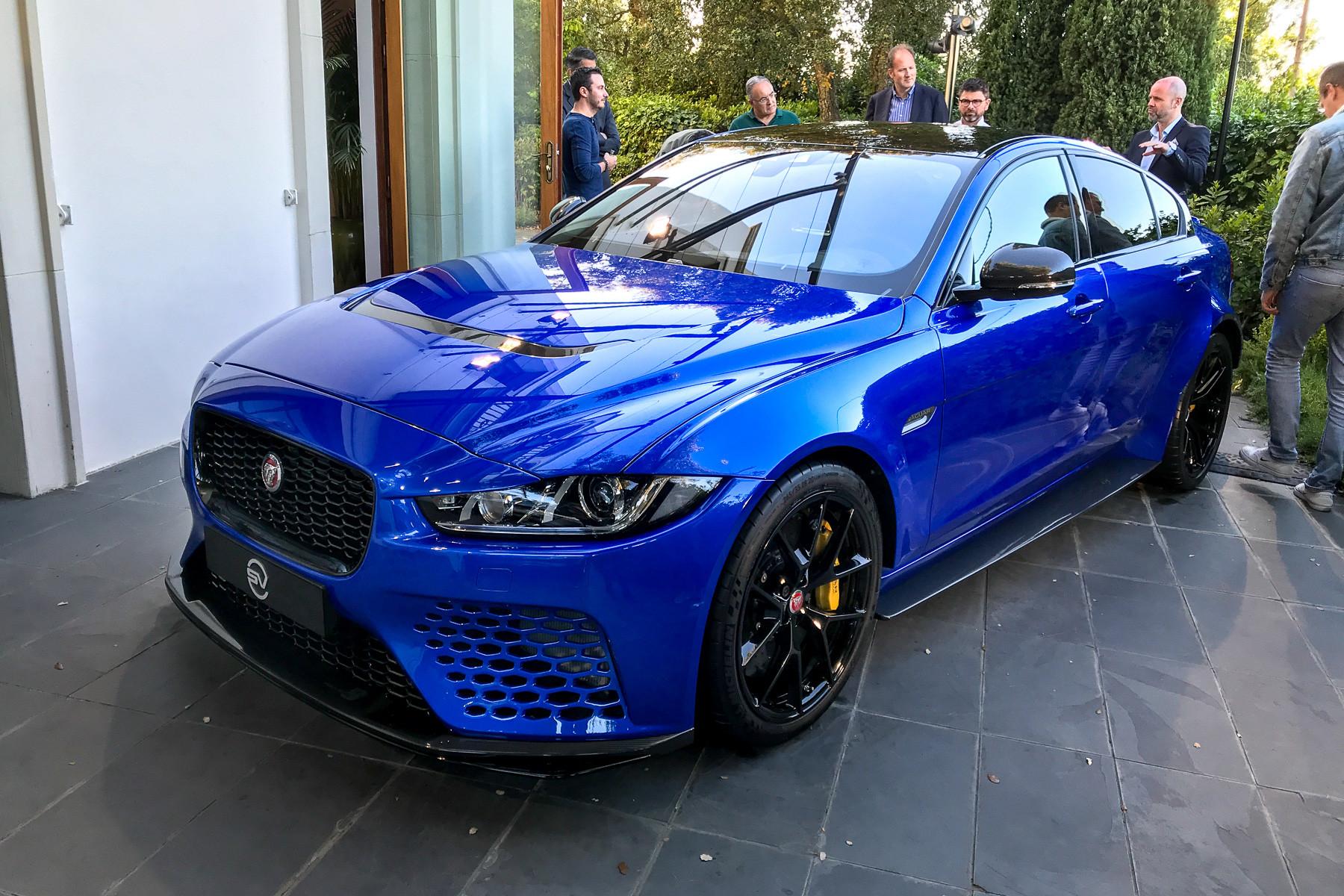 Jaguar выпустил «сумасшедший» седан 1
