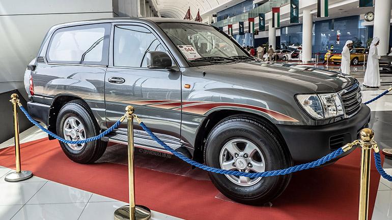 Укороченный внедорожник Toyota Land Cruiser показали в Дубае 2