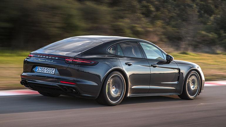 Porsche отзывает более 33 тысяч Porsche Panamera из-за возможности возгорания 2