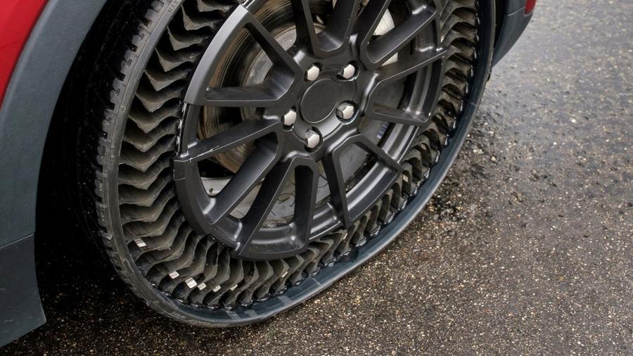 Chevrolet Bolt EV «обули» в безвоздушные шины 1
