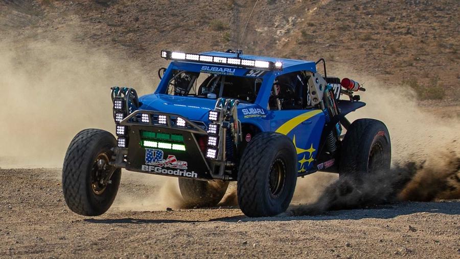 Subaru подготовила багги к гонкам в пустыне 1
