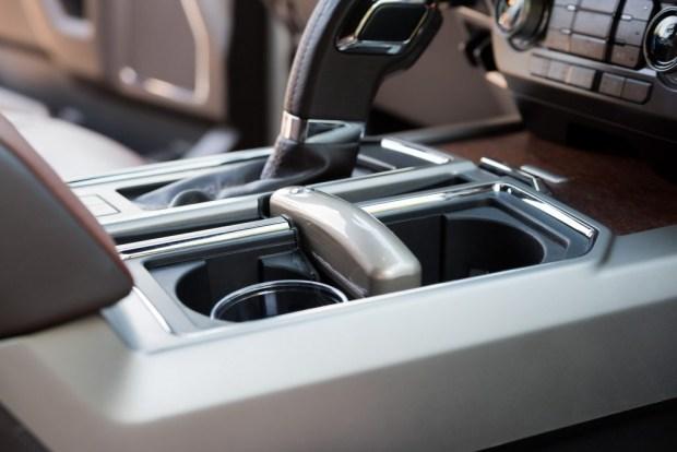 Израильская компания установила краны с питьевой водой в авто 1
