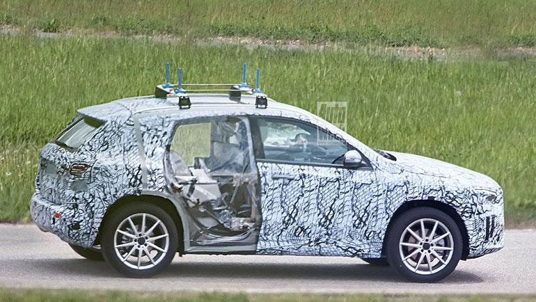 Тестовый прототип Mercedes-Benz GLA лишился дверей 2