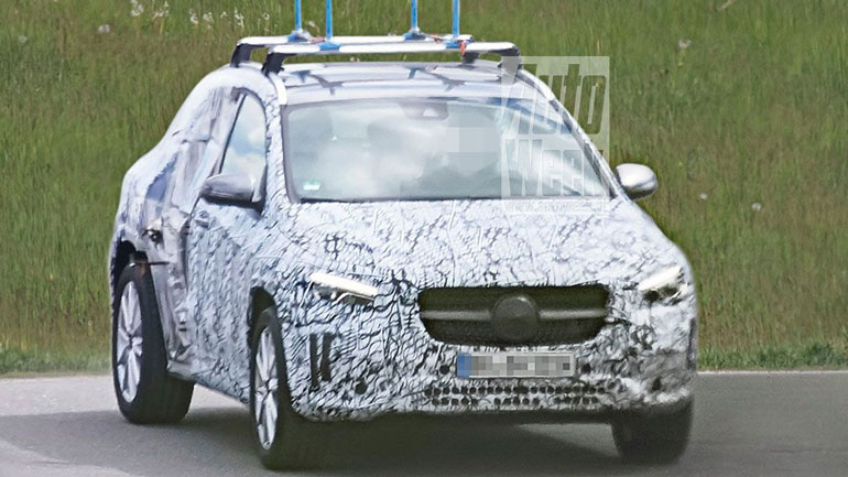 Тестовый прототип Mercedes-Benz GLA лишился дверей 1