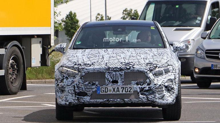 Новый Mercedes-Benz GLA дебютирует в сентябре 2019 года 2
